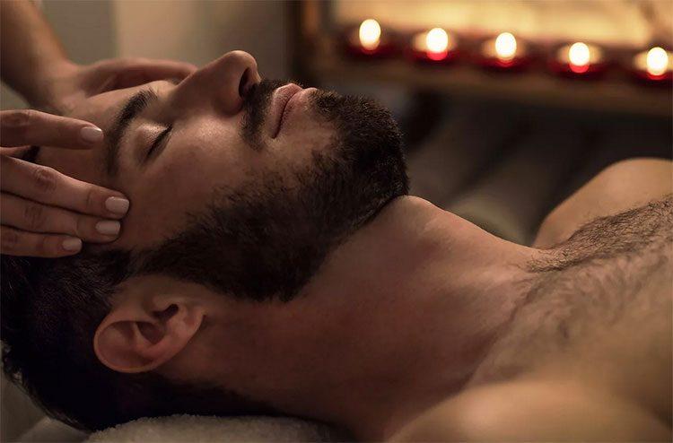 услуги салона интимного массажа с проработкой у мужчины эрогенных мест